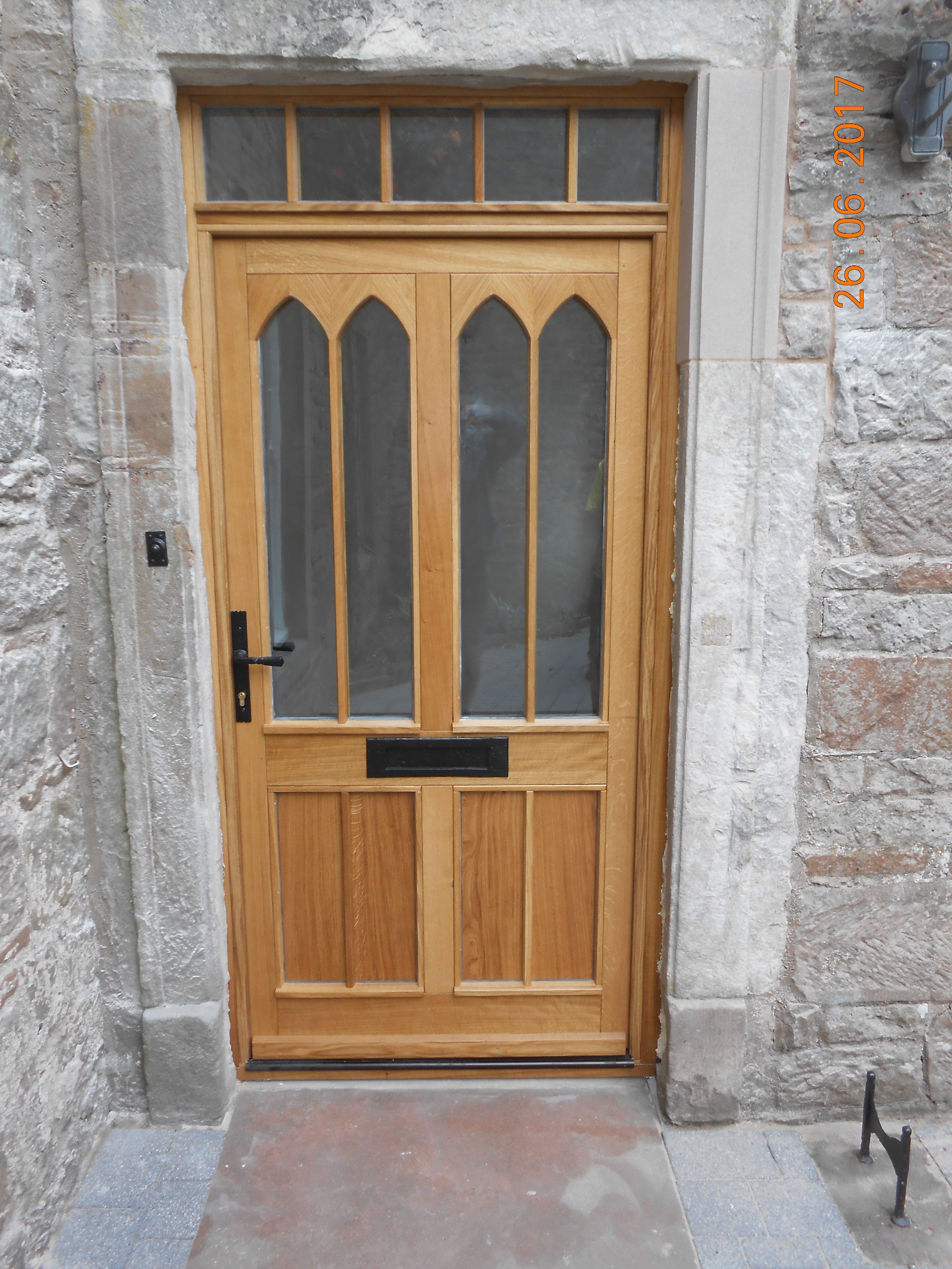 Oak-door-gothic-overlays.jpg