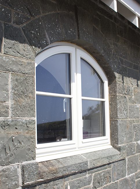 Arched window coo palace