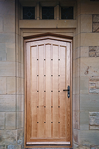 oak entrance door from ajd chapelhow